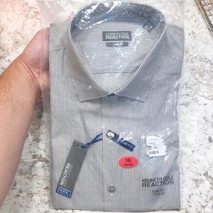 NWT Kenneth Cole Reaction Slim Fit Button Down